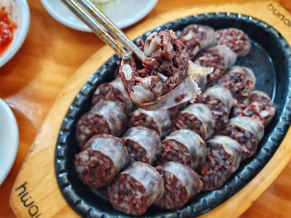 Sundae Bloody Sundae The South Korean Blood Sausage Luca Sartor